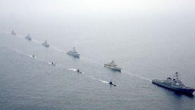 Submarino+y+fragatas%5B1%5D..JPG