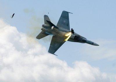 CF-18%2BHornet%2Bcanadian%2Bfighterjet%2Bcrash.jpg