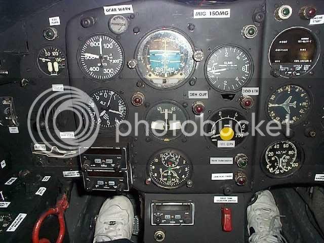 MiG_cockpit41.jpg