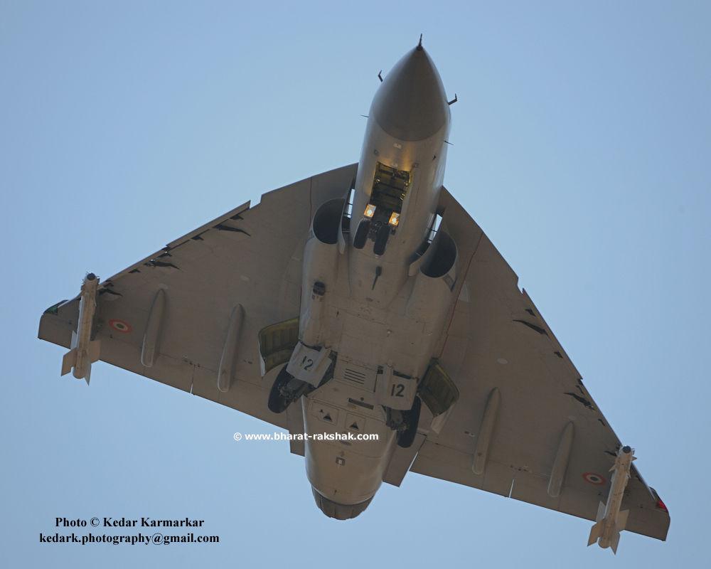 D033566-lca-takeoff.jpg