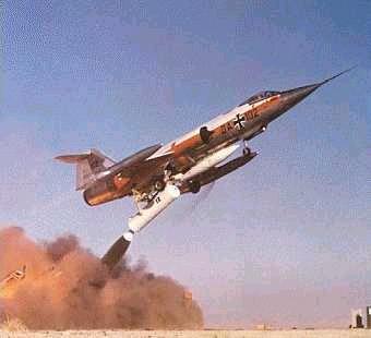 zelf104starfighter.jpg
