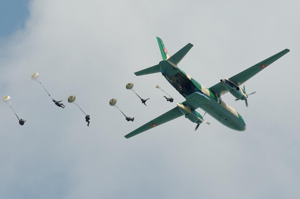 Slovak_Air_Force_Antonov_An-26_Kral-2.jp