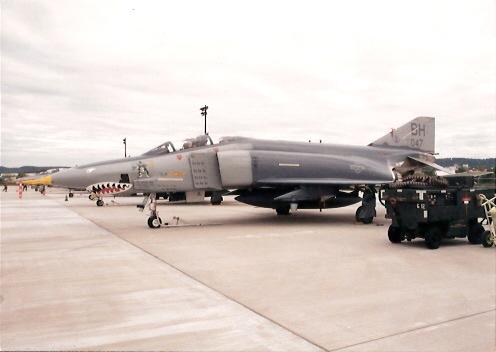 RF-4 Birmingham Phan-Con 1993.jpg