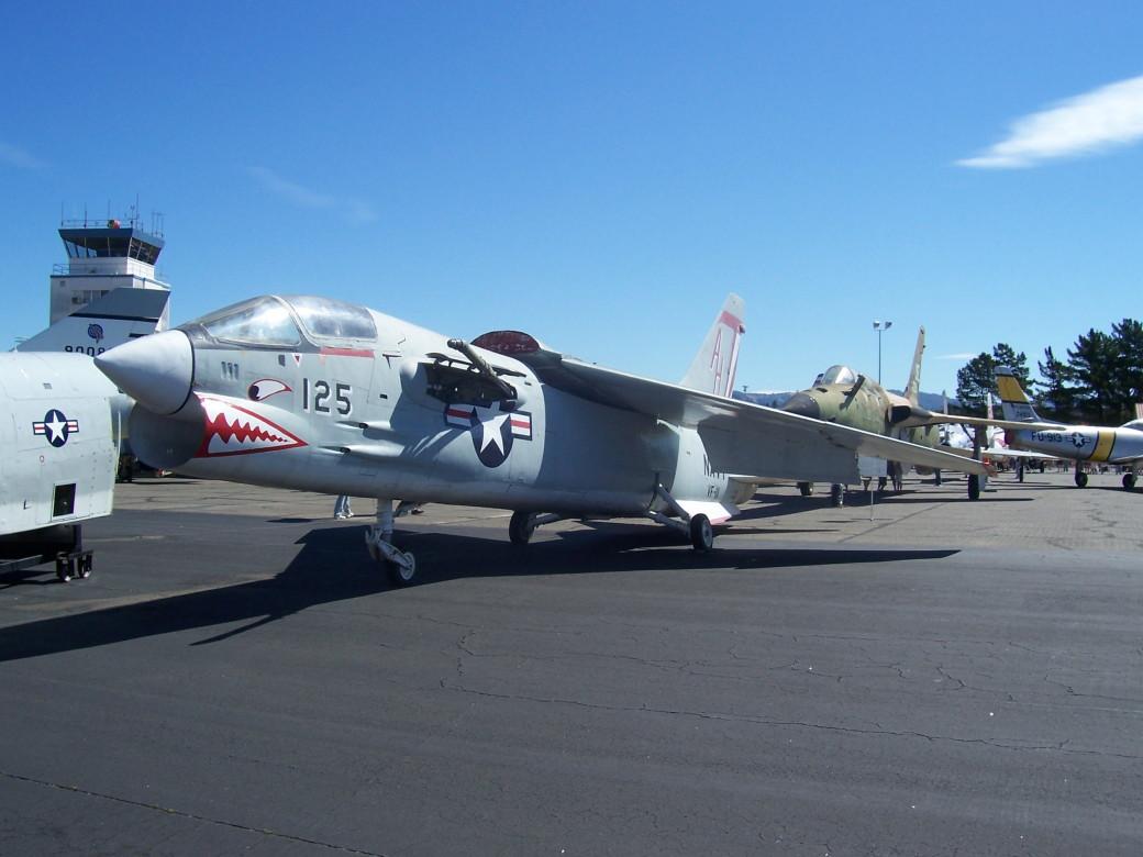 F-8.JPG
