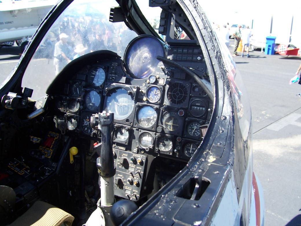 F-8 C (2).JPG