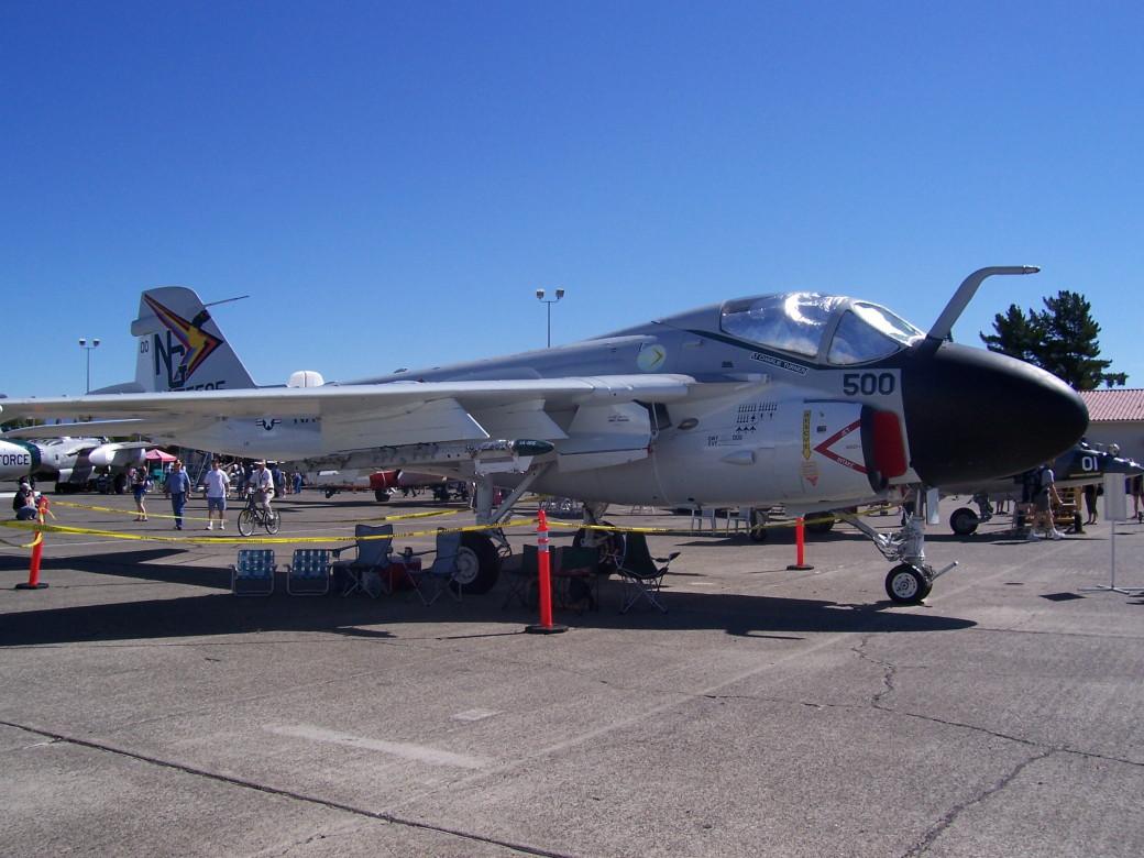 A-6E Intruder (1).JPG