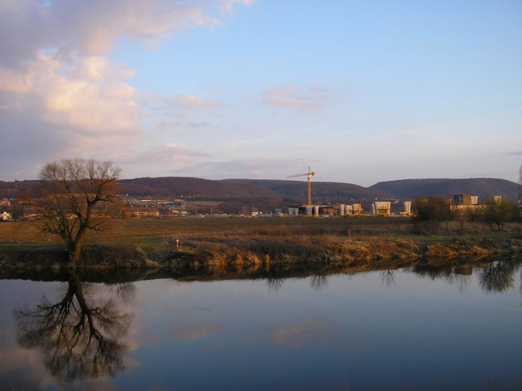 Berounka riverside by sunset [RealWorld]