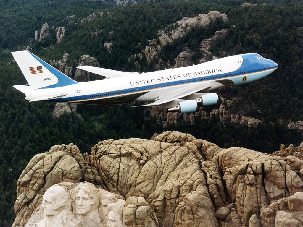 Air Force One - 1024x768.jpg