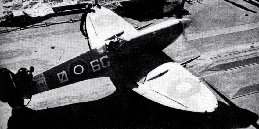 Seafire taxing after landing