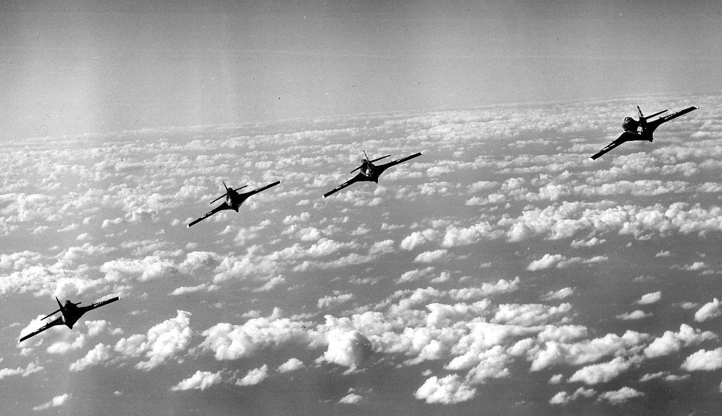 F9F-8 Cougars of VF-142 in flight