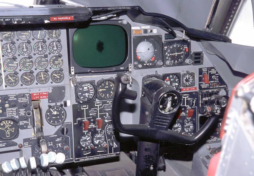 B-52G Stratofortress copilot cockpit