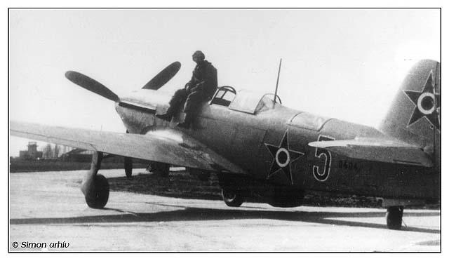 Jak-9_42.jpg