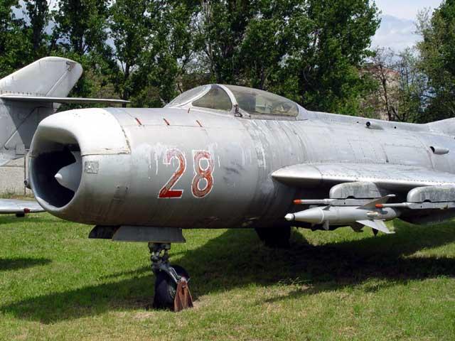 Mig-19_3.jpg