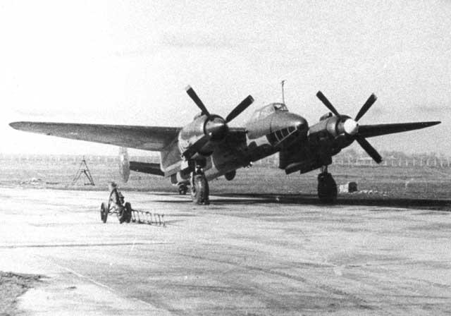 Tu-2_02.jpg