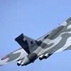 500-avro_vulcan_XH558_takeoff.jpg