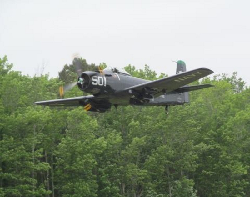 Douglas AD 4 Skyraider (1)