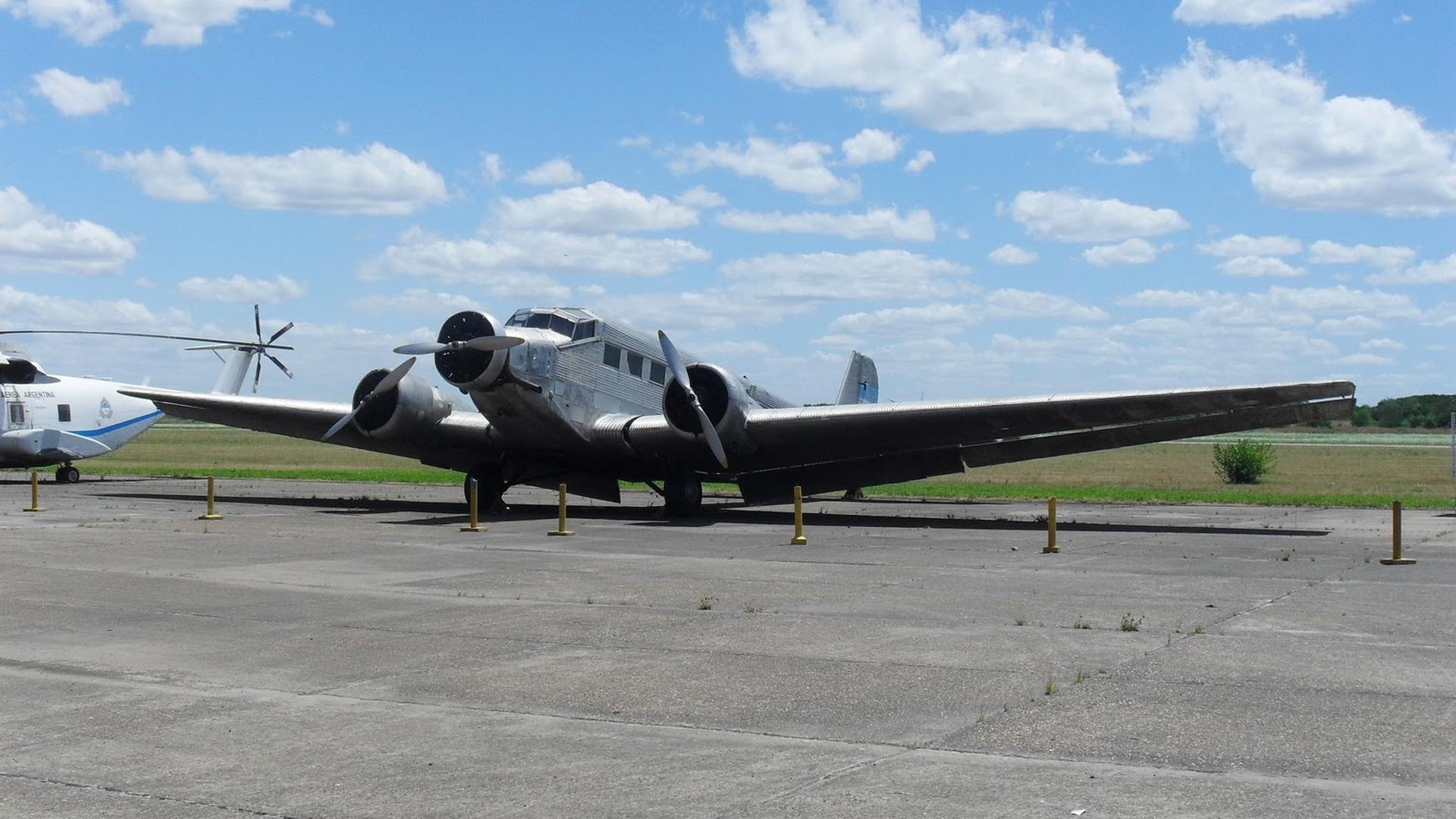 Junkers Ju 82/M3  Tante Ju