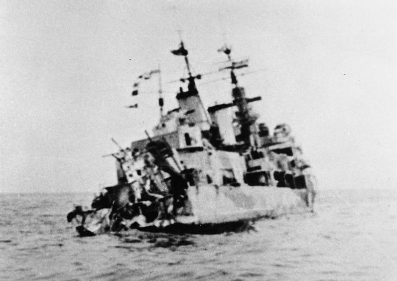 HMS_Edinburgh_stern_torpedo_damage_1941_IWM_MH_23866.jpg