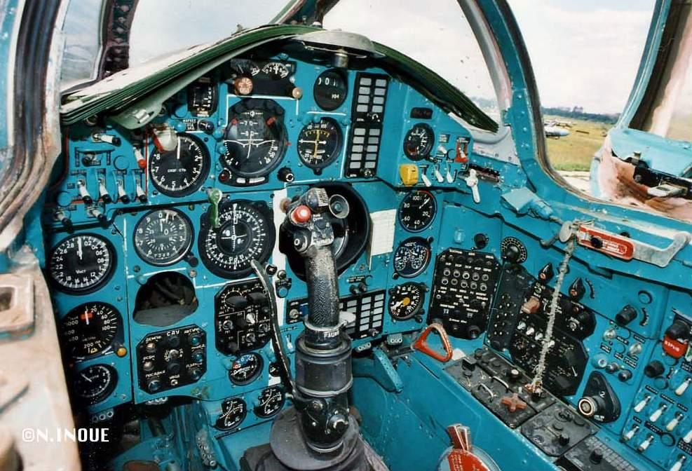 Tu-104, MiG-23, MiG-25