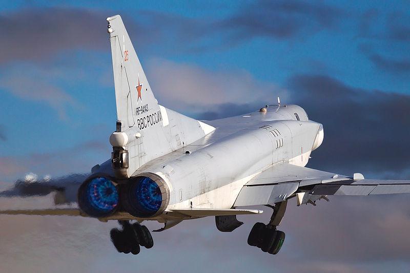 Russian_Air_Force_Tupolev_Tu-22M-3_Beltyukov-1.jpg