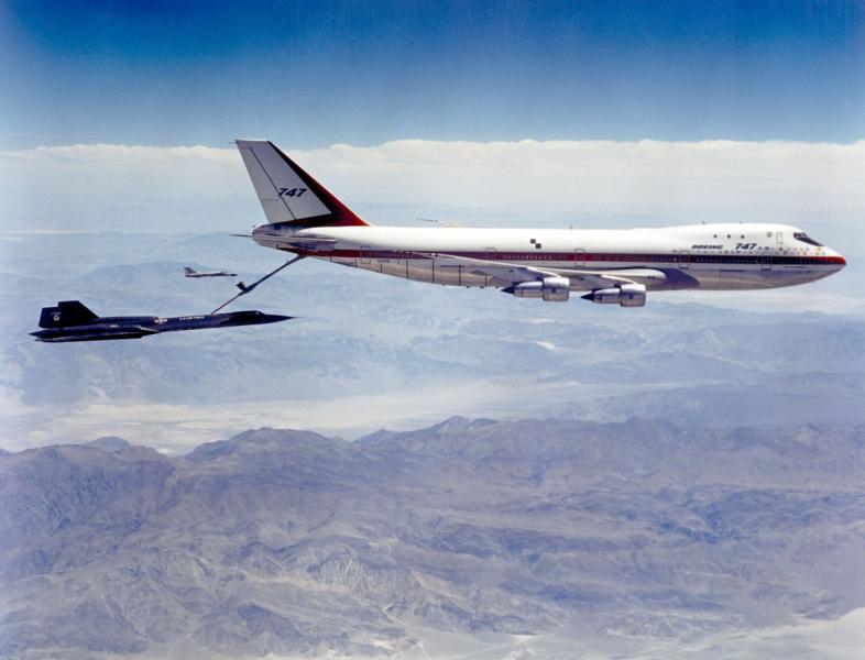 747 Tanker.jpg