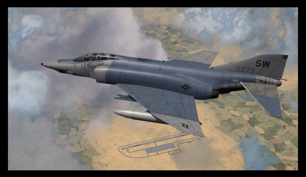 RF-4C Phantom II.jpg