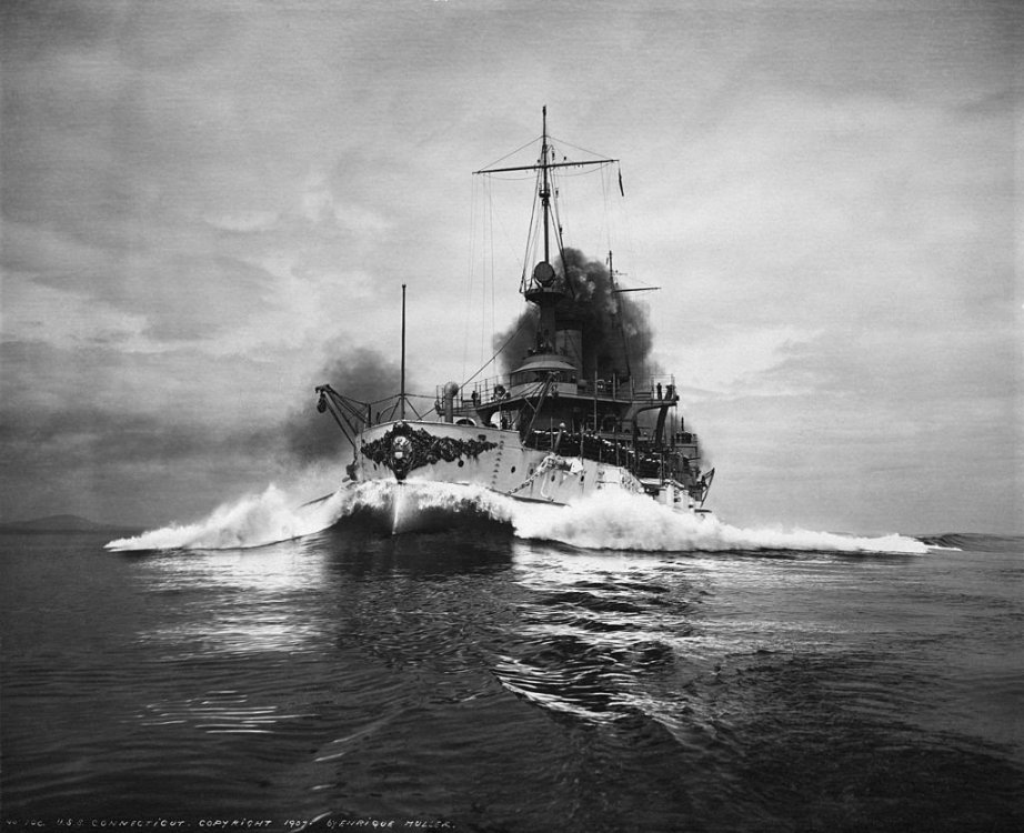 USS_Connecticut_-_NH_553.jpg