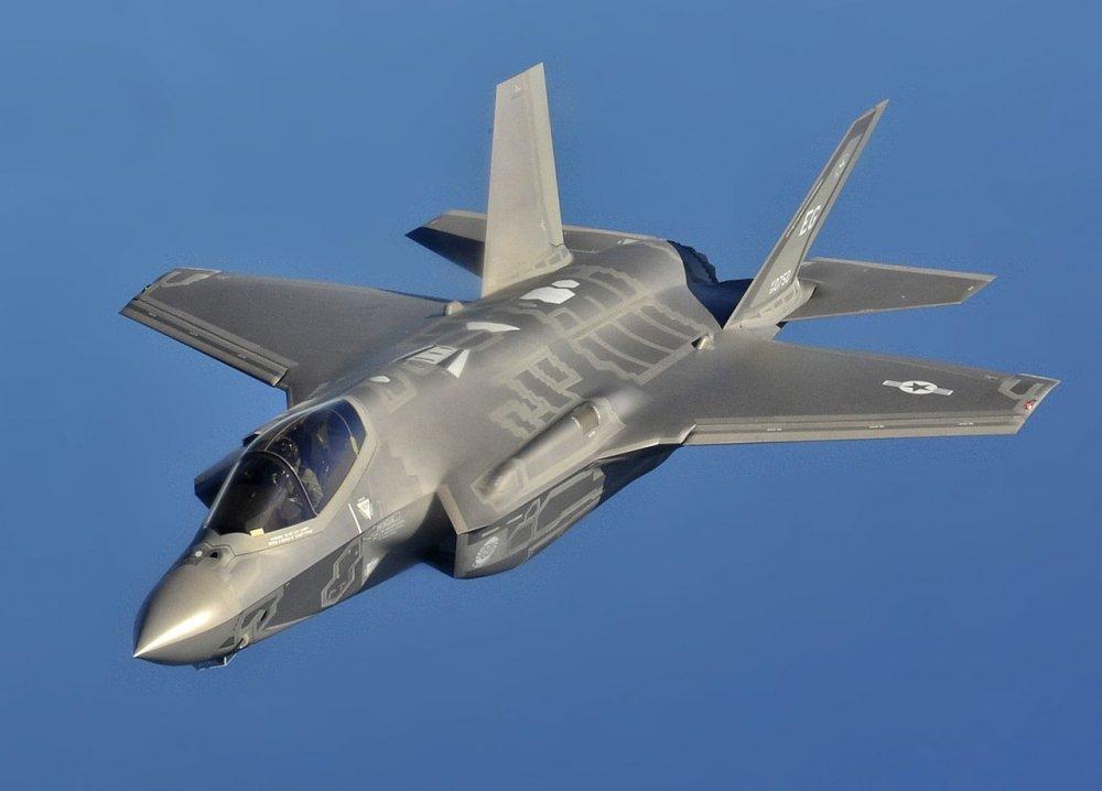 F-35A_flight_USAF-wiki.thumb.jpg.9137575899fe95e8ba64eecec8c0776a.jpg