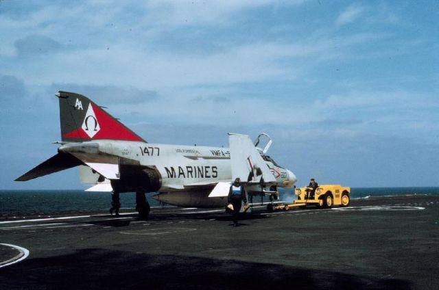 F-4-Phantom-151477-Ark-Royal.jpg.6025db1b8737db968443edbbcb06d794.jpg