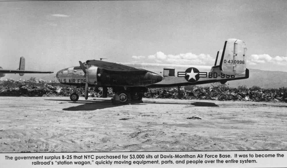 B-25J (44-30996).jpg