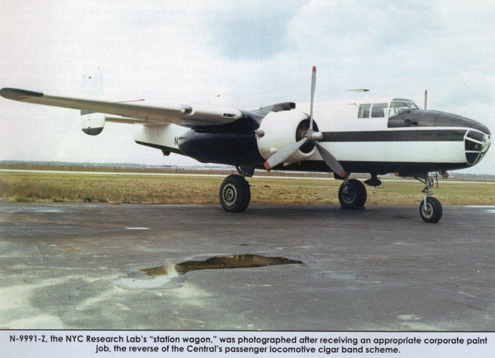 B-25J (N9991Z).jpg