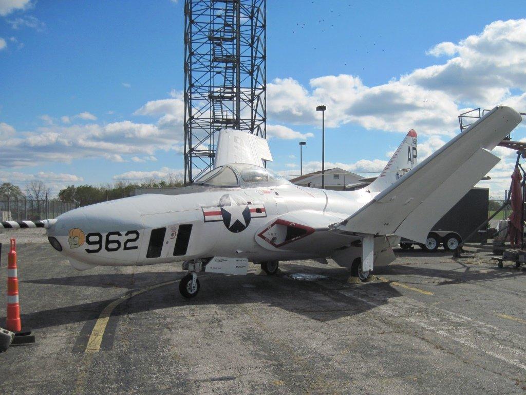 1957 Grumman F9F-8P Cougar