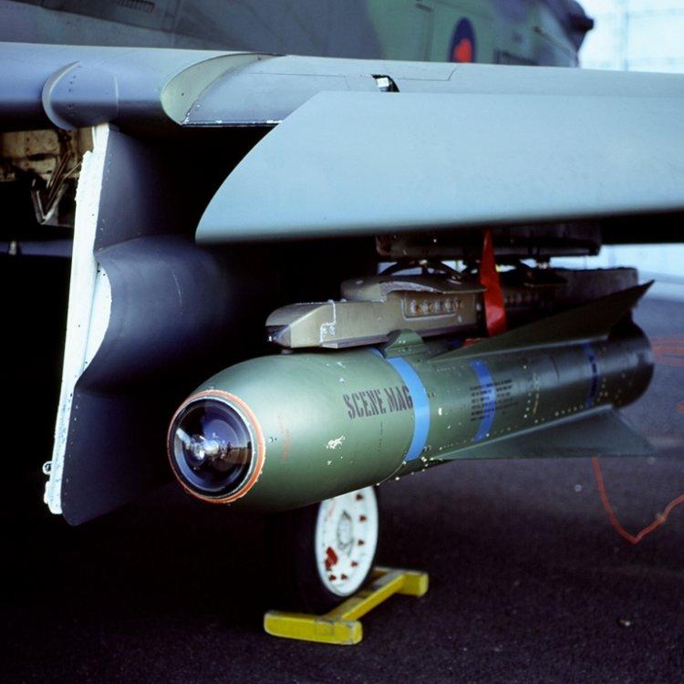 AGM-65B-A-4K-RNZAF-Avalon-CKopp-1S.thumb.jpg.ff40fbd91cf7739915409482b8d6d272.jpg