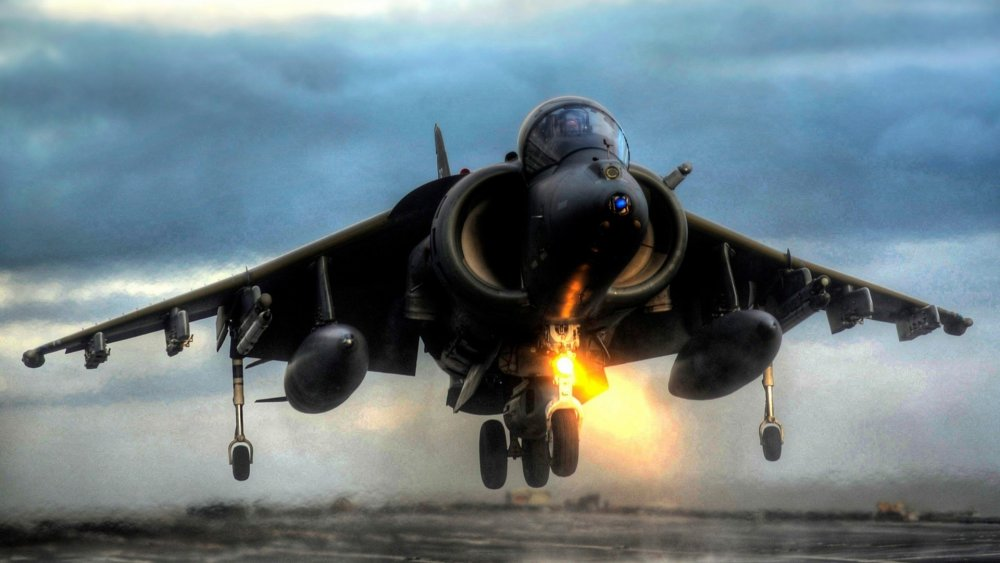 Harrier-Jump-Jet-Desktop-Wallpaper.jpg
