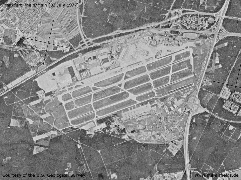 1977-07-01-flughafen-frankfurt.thumb.jpg.1630cf2f1b5263248777d8abc0645cb5.jpg