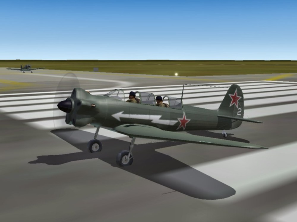 Yak-18_4.thumb.jpg.e320f320346df597784f5e6e0e5e253f.jpg