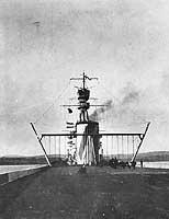 (3)HMSFurious(1918)landing-ondeck.jpg