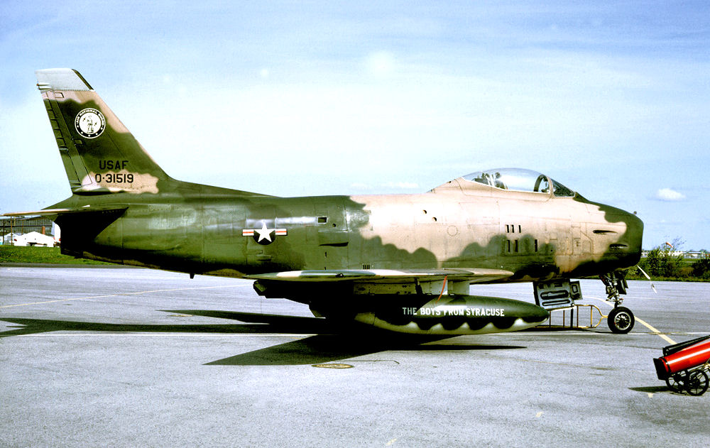 138th_Tactical_Fighter_Squadron_-_North_American_F-86H-10-NH_Sabre_53-1519.jpg