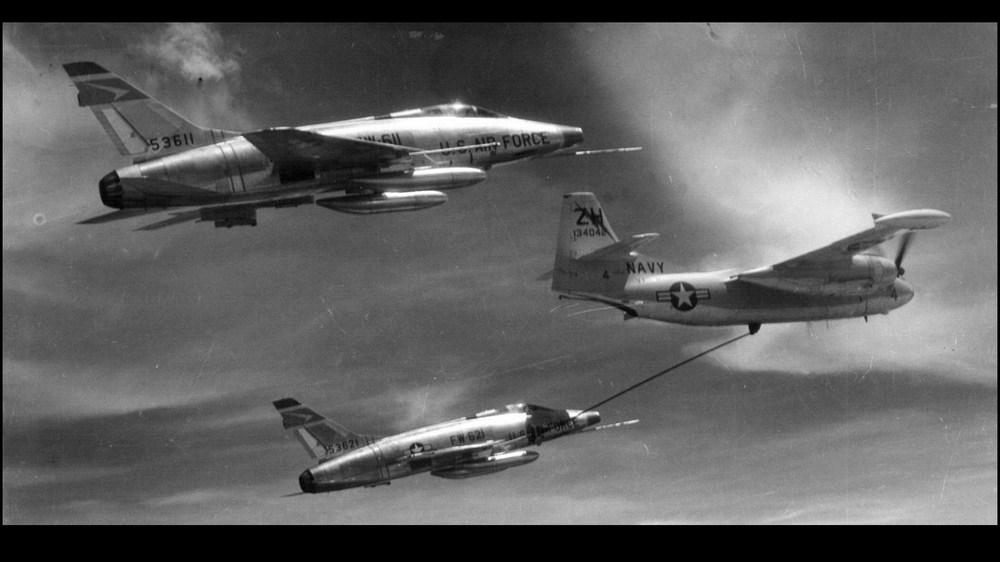 F-100D_LOADING.thumb.jpg.5867582070e8c8f2f63e3869cac21cc9.jpg